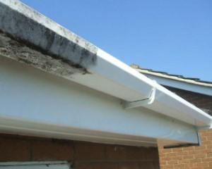 gutter-cleaning-nc